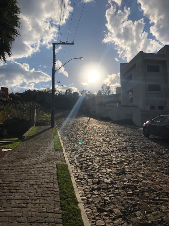 Condomínio Fechado Portal das Videiras